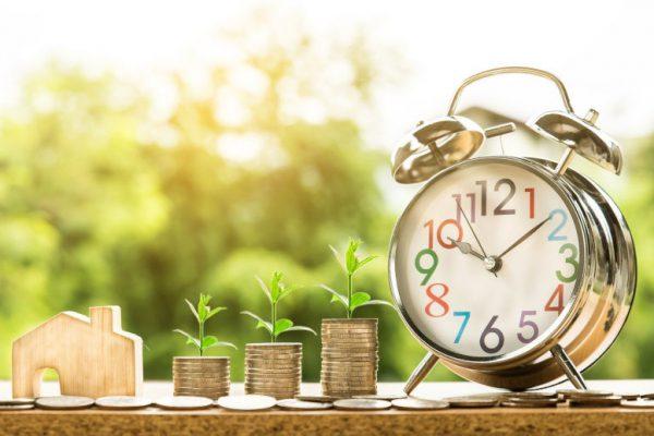 Zakup działki na kredyt, czy gotówką